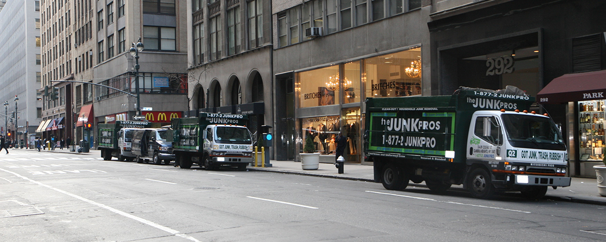 Manhattan NYC. Junk & Furniture Removal